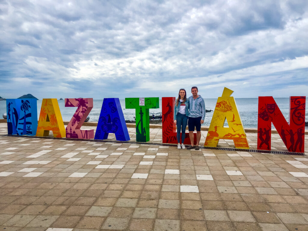 Taking a photo in front of the Mazatlán sign