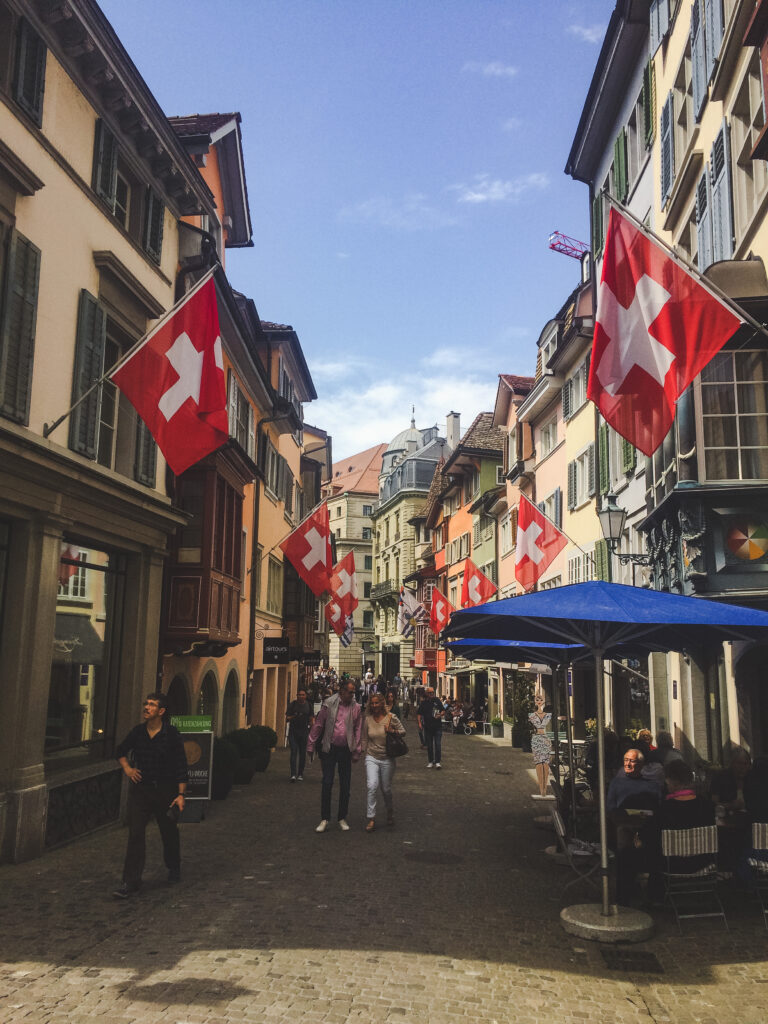 The winding cobbled streets of Niederdorf are crammed with restaurants, bars, galleries, bookshops, and craft shops