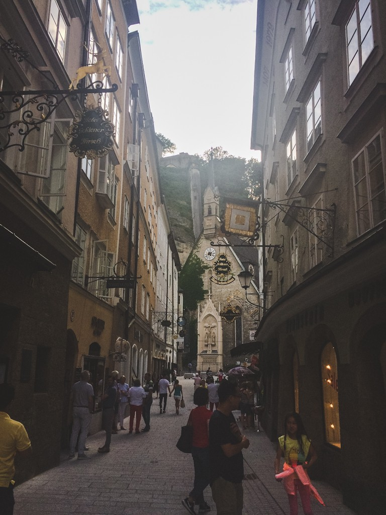 Wandering around the streets of Salzburg you can get lost amongst the lanes, full of hidden courtyards and squares. You'll find traditional wrought-iron signs hanging above shops. Popular streets for shopping and strolling include Linzergasse.