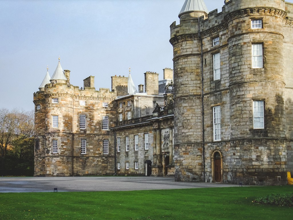 The Holyroodhouse palace is the royal family's official residence in Scotland but is most well known as the 16th-century home of Mary, Queen of Scots. The highlight of a tour here is visiting Mary's Bedchamber, where her second husband, Lord Darnley, has her secretary (David Rizzio) murdered.